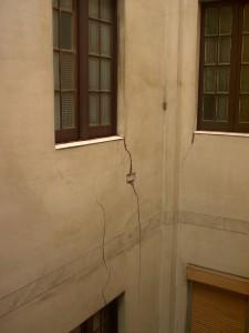 Estado inicial del patio escalera
