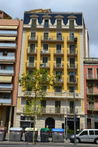 granvia335_vista_general_de_la_fachada_rehabilitada