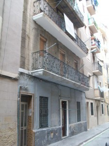Estado inicial de la fachada principal
