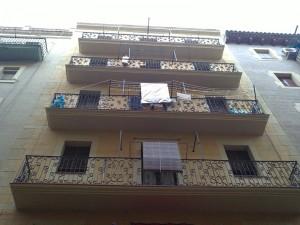 Detalle de los balcones rehabilitados