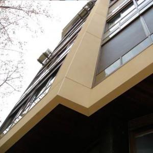 Vista de la fachada principal rehabilitada