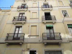 Vista de la rehabilitación de fachada principal