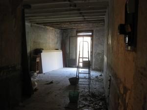 Estat inicial de l'interior de vivenda
