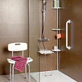 Baño adaptado para personas mayores o con movilidad reducida.