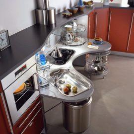 Cocina adaptada para personas mayores o con movilidad reducida.